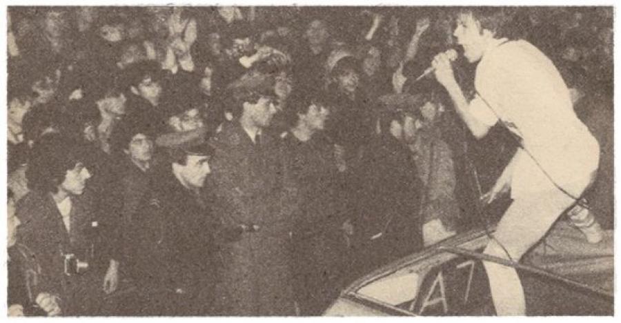 """OZBILJNE KULTURNE ČINJENICE: Evo šta je afera """"Crko maršal"""" učinila YU rocku i ko je 1985. branio """"Zabranjeno pušenje"""""""