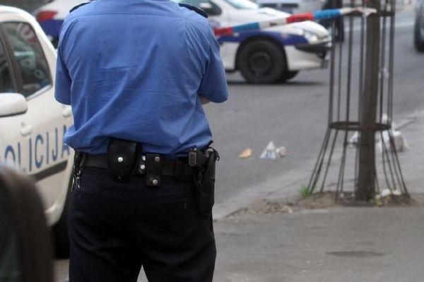 968925_uvidjaj-policija-metak-caura-policijska-traka_ls-s ...