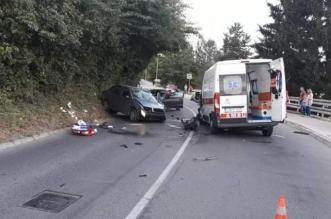 Sudar sanitetskog vozila i automobila u naselju Solina, petero povrijeđenih
